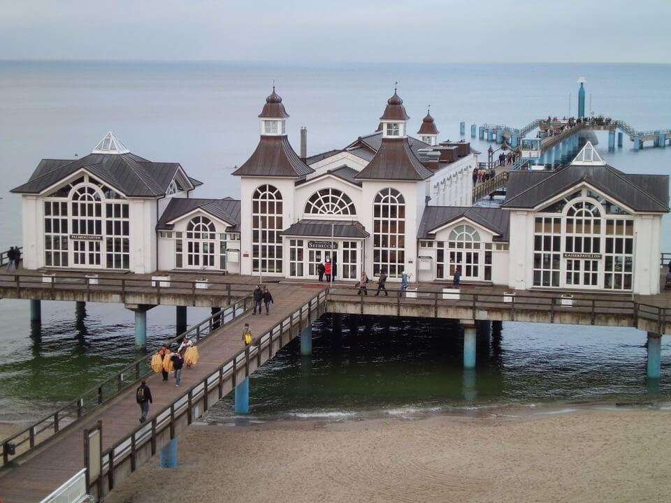 Seebrücke Sellin auf der Insel Rügen (Ostsee)